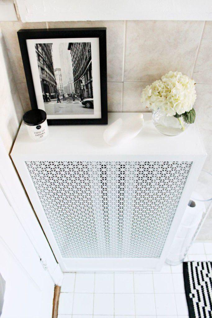 Renter Friendly Bathroom Makeover