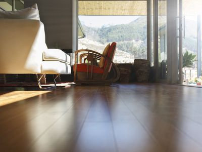 Why Your Engineered Wood Flooring Has Gaps