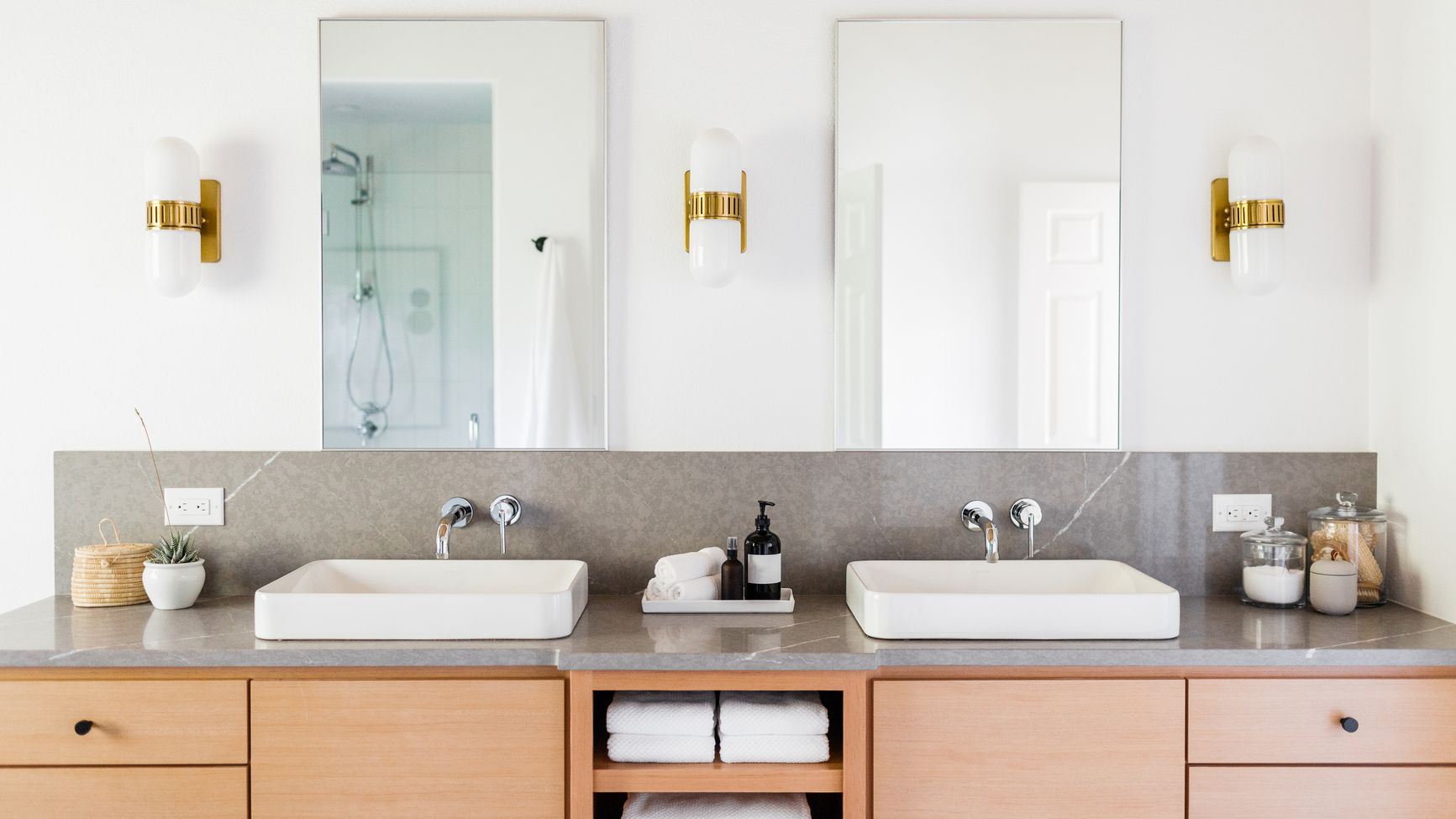 Favorite Quick Fix Bathroom Ideas