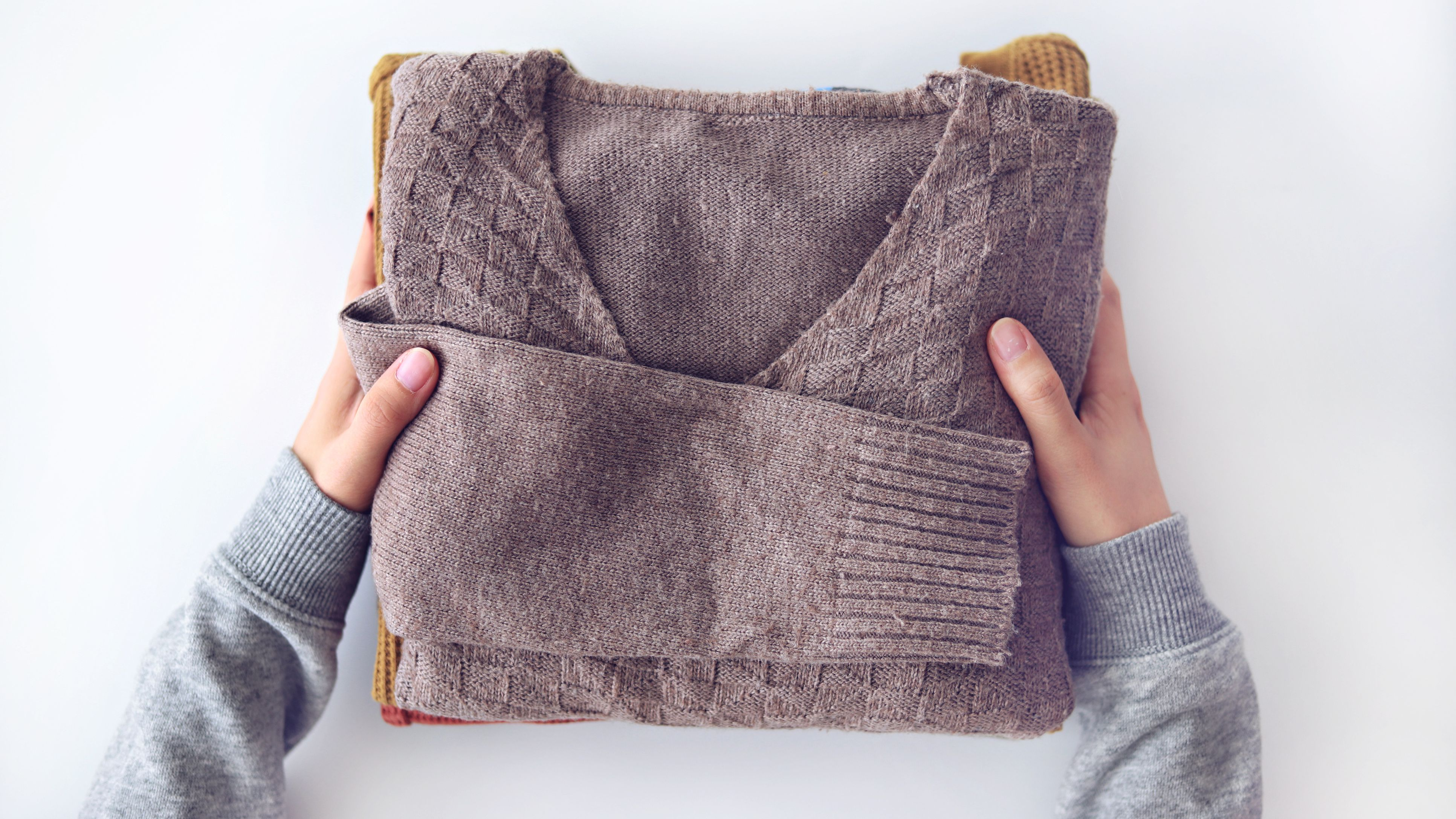 How To Clean Wool Sweaters With Vinegar