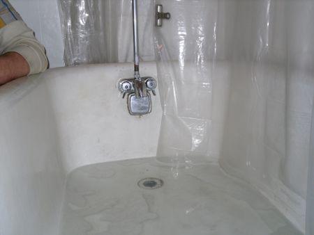 A Guide To Snaking Tub Drains - Bathroom tub clogged