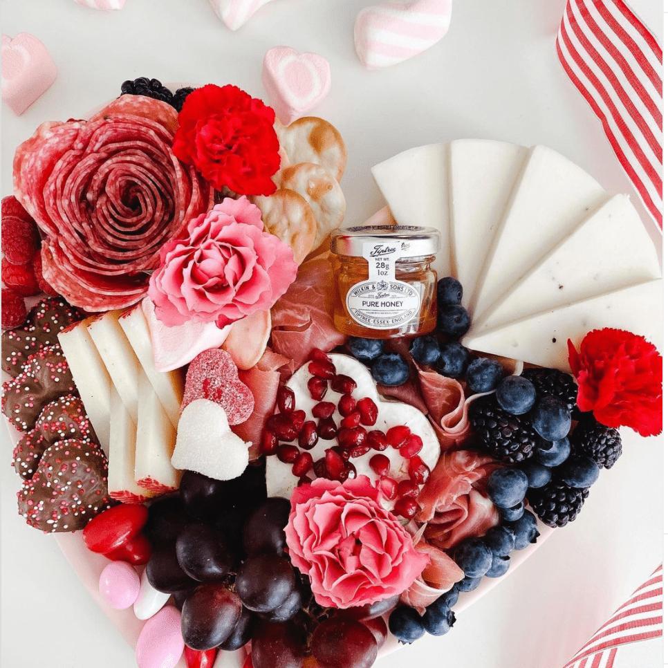 Salami rose Valentine's Daycharcuterie board