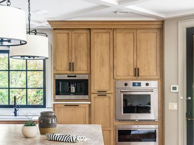 Kitchen Paint Colors To Go With Maple Cabinets