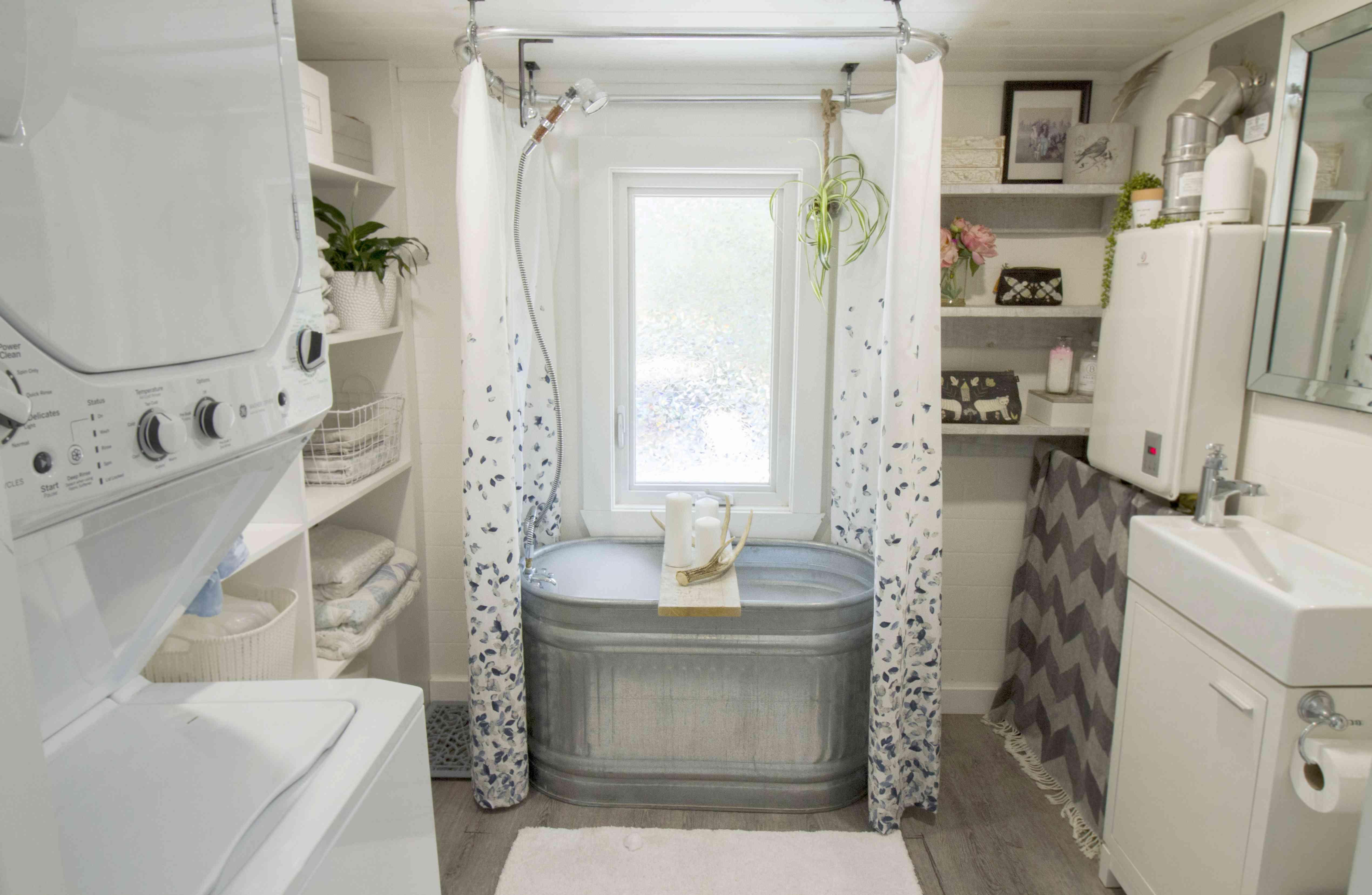 tiny house bathroom laundry room