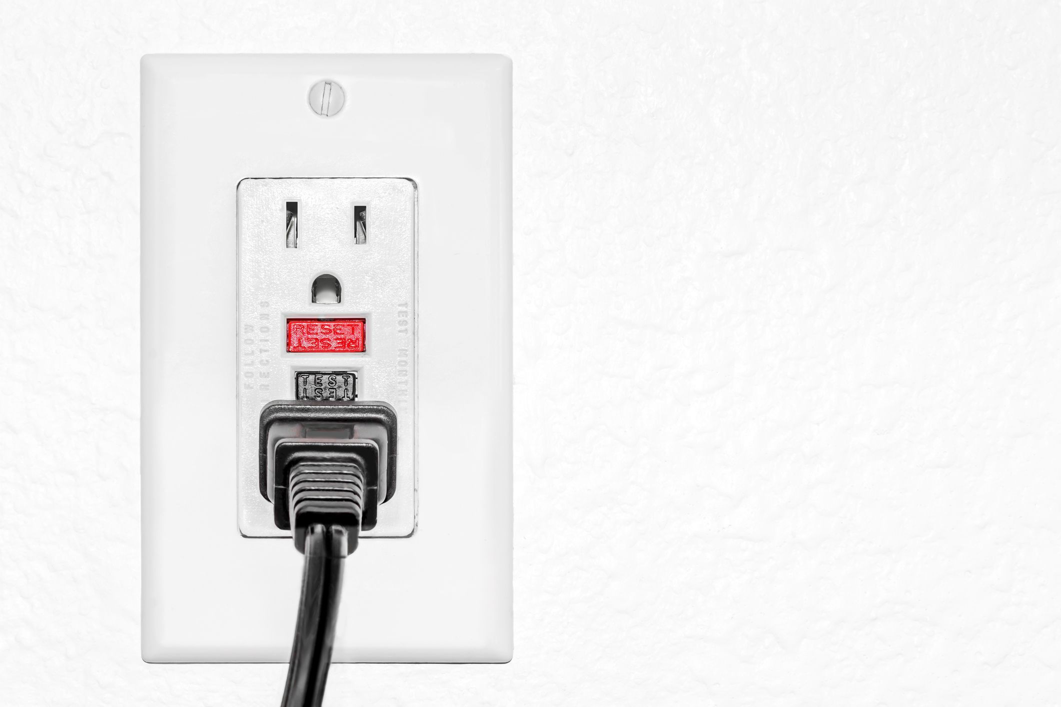 8 Common Electrical Mistakes Homeowners Make Wiring A New Outlet Failing To Install Gfci