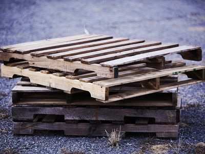 Find and Choose the Best Wood Pallets for Your DIY Projects