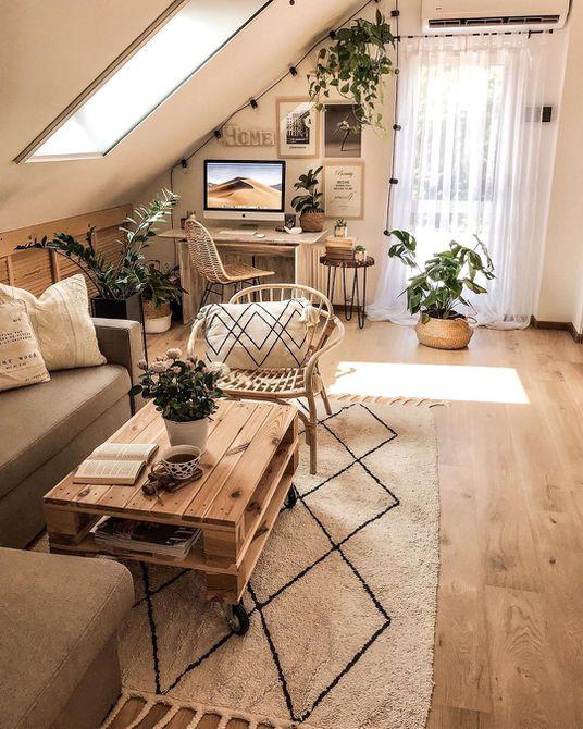 Sala de estar con elementos de madera