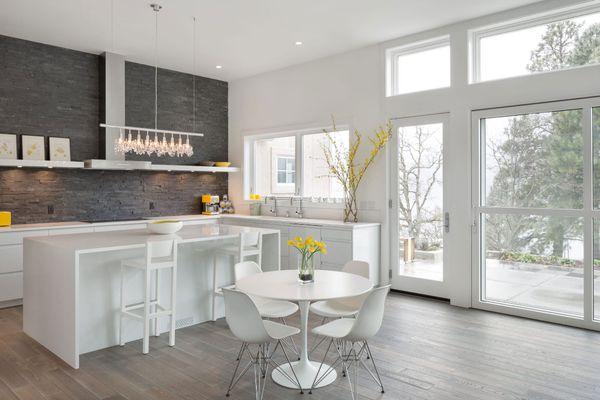 modern kitchen with stacked stone backsplash
