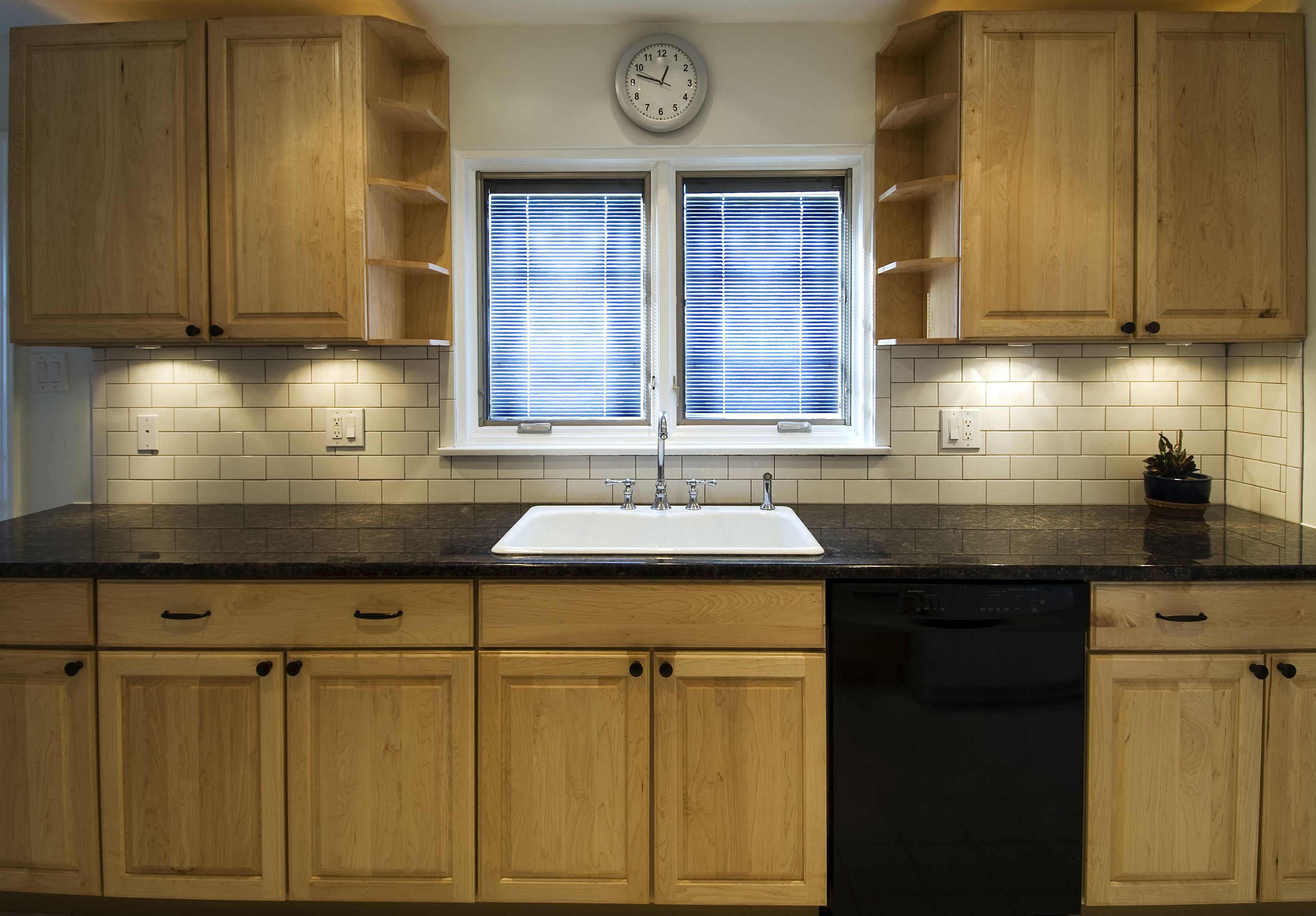 How Cabinet Refacing Works The Basic Process