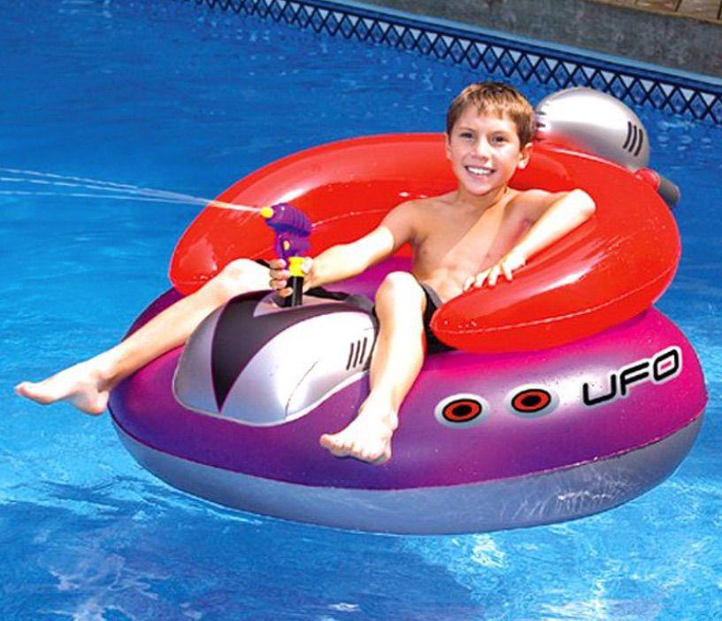 Swimline UFO Squirter Pool Inflatable Lounge Float