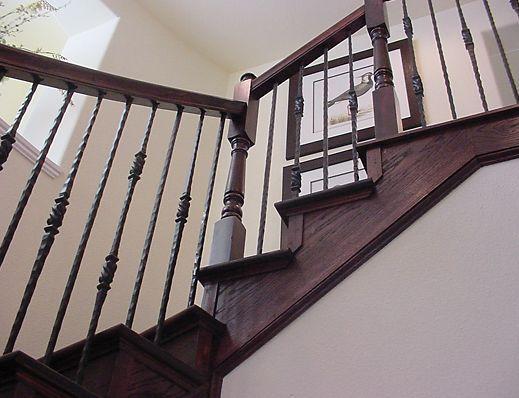 Diseño de escalera recta con aterrizaje