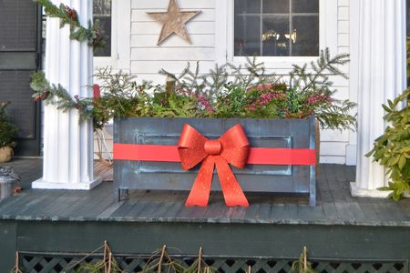 christmas front porch planter with box