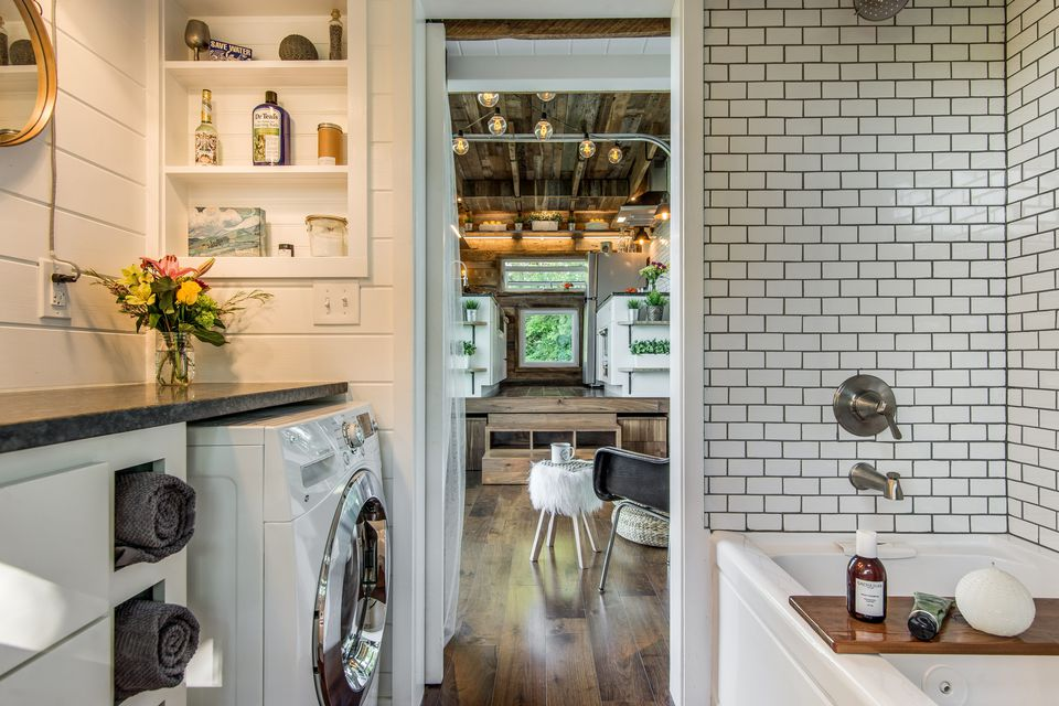 How much does it cost to build or buy a tiny house - How much to build a new bathroom ...