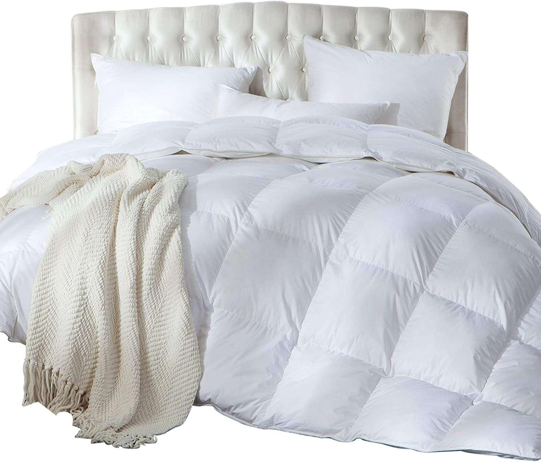Luxurious Full / Queen Size Siberian Goose Down Comforter
