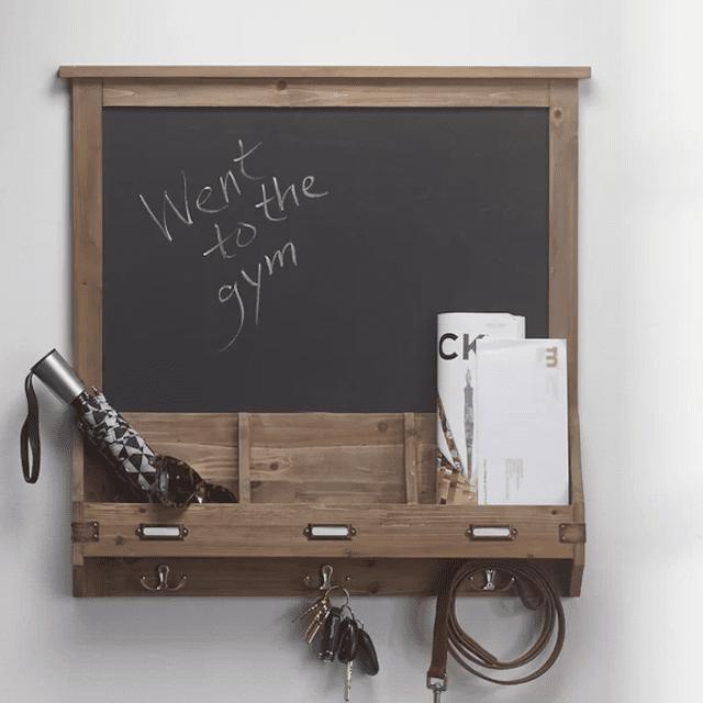 chalkboard-wall-organizer