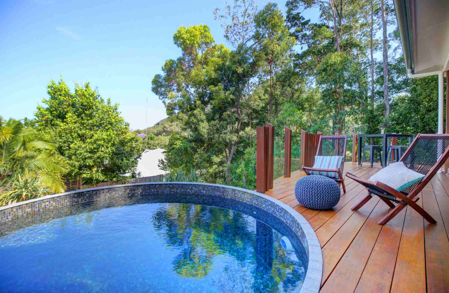 small round plunge pool