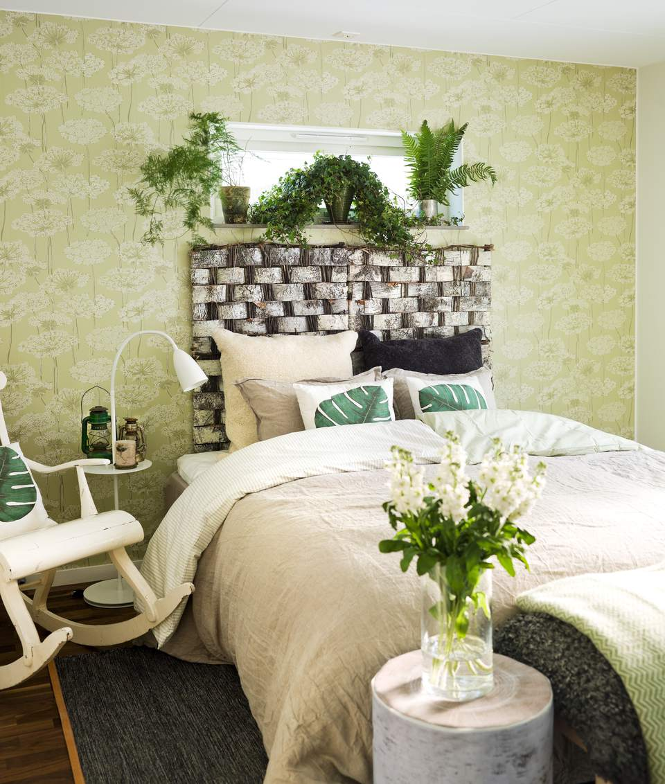 bedroom plant design ideas interior furniture | Decorating the Bedroom with Plants or a Botanical Theme