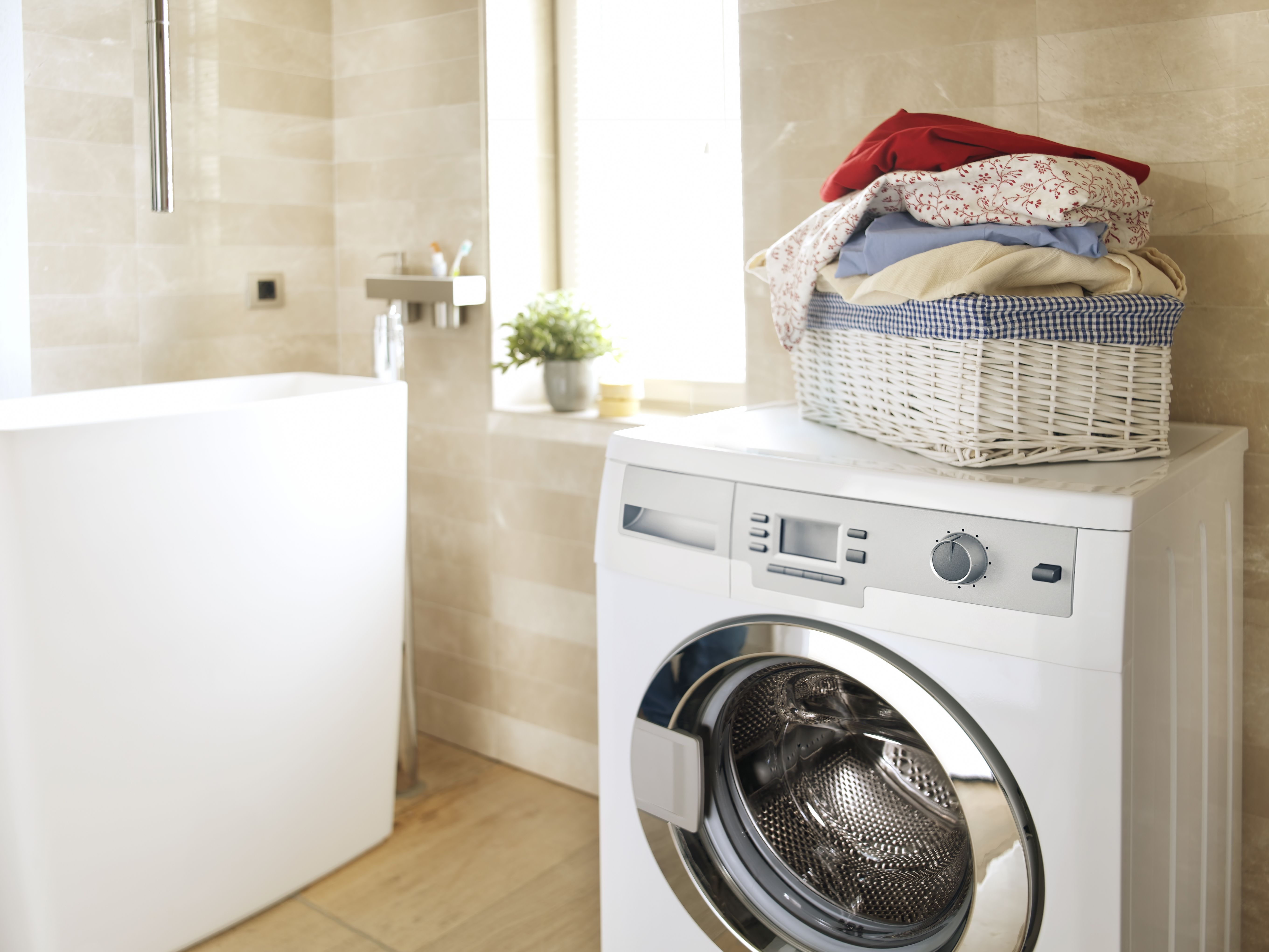 Choose the Right Washing Machine Hose to Prevent Leaks