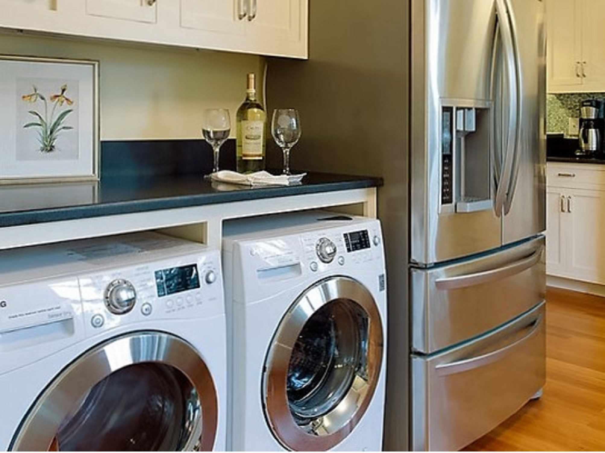 Vacation Kitchen Laundry BIG