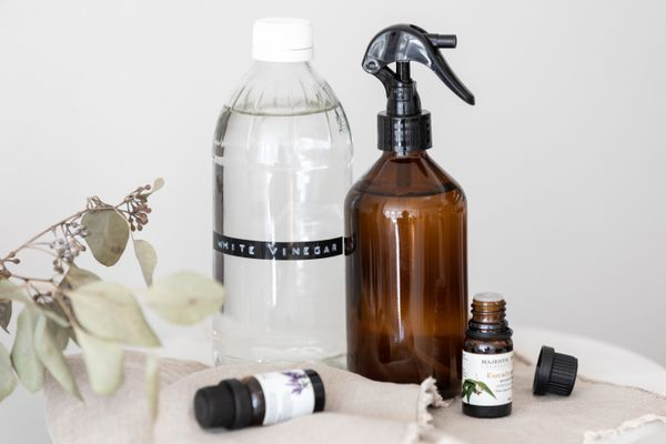 air freshener made from vinegar and essential oils