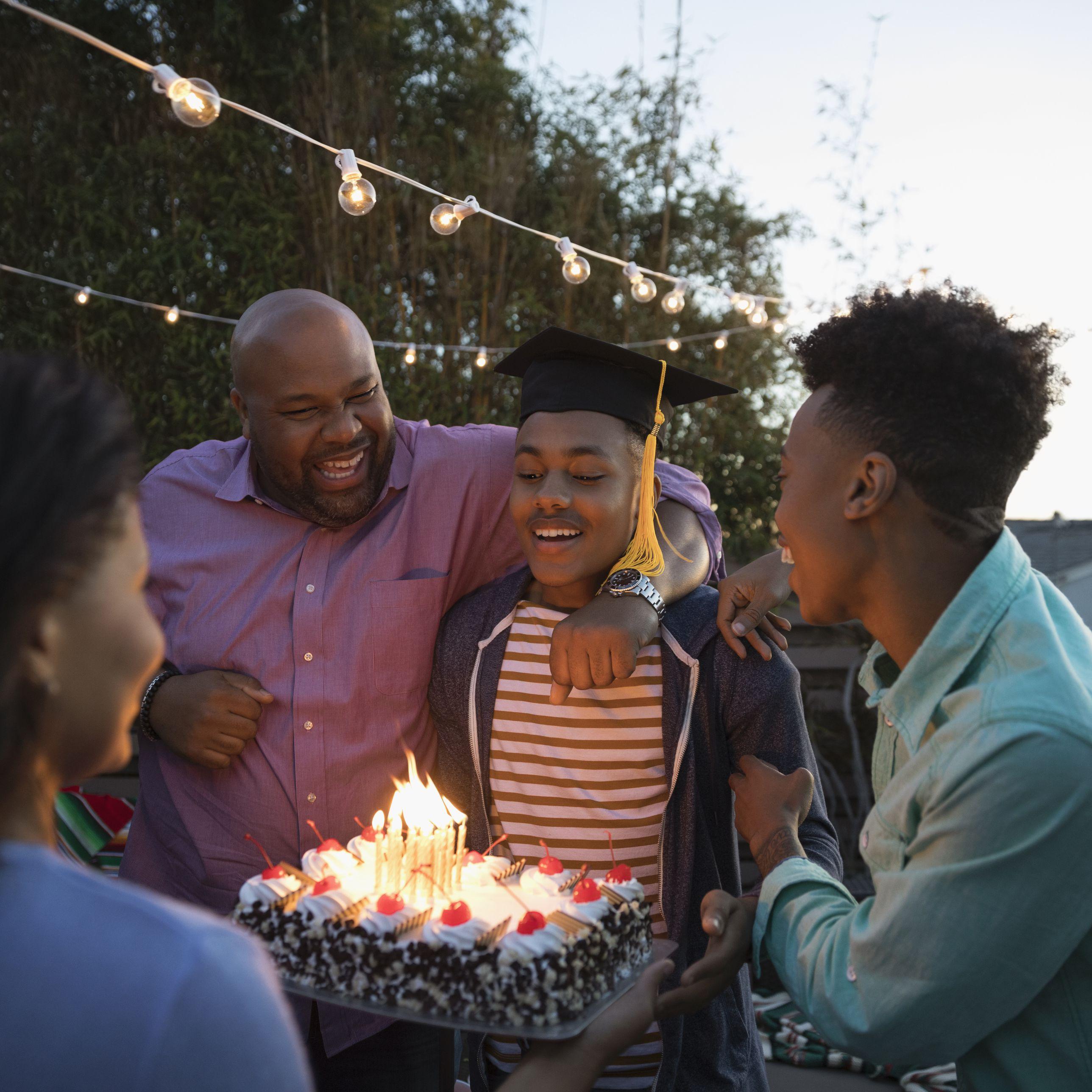 18 Ideas For A Memorable College Graduation Party