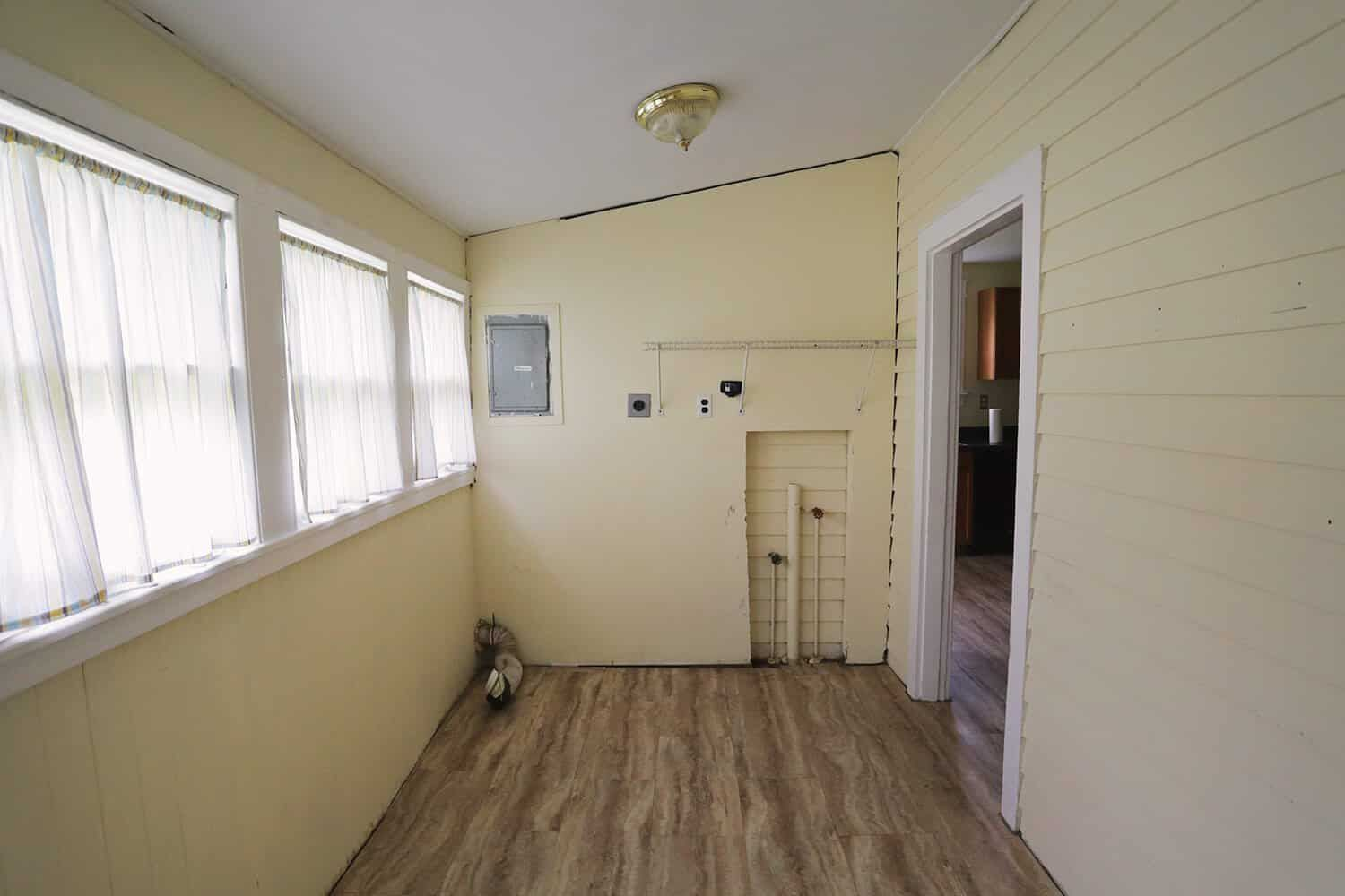 Before laundry room renovation.