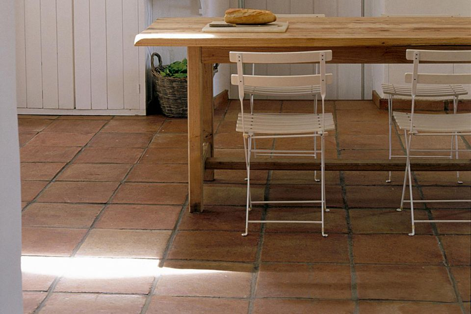 Advantages and Disadvantages of Ceramic Tile Flooring