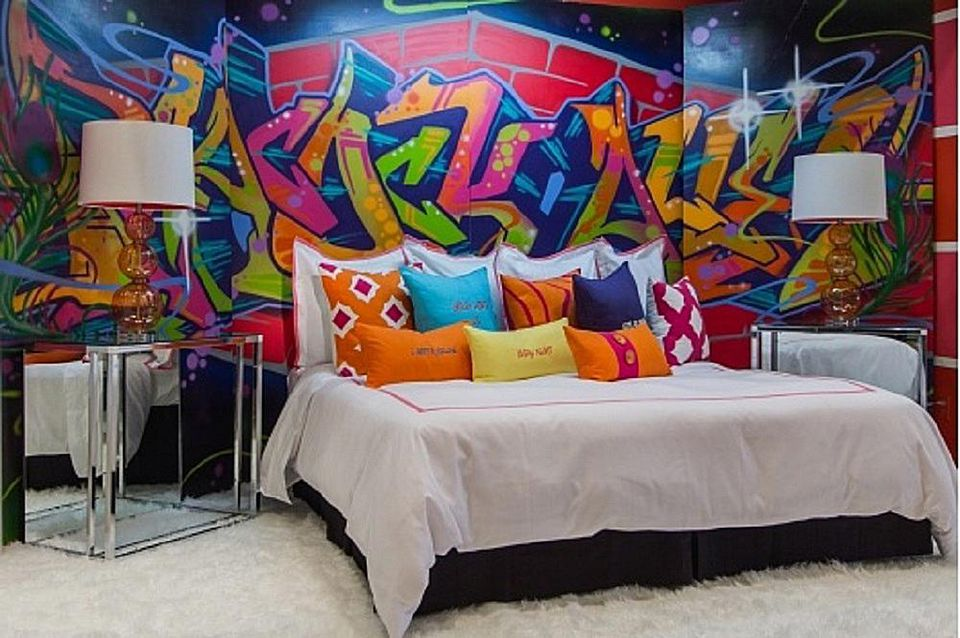Creative No-Paint DIY Bedroom Wall Ideas
