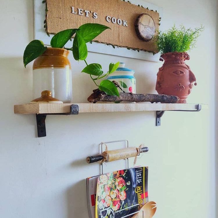 Small floating shelves