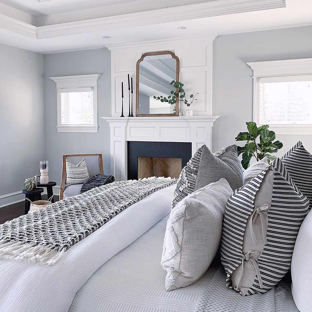 12 Tips for Decorating a Bedroom