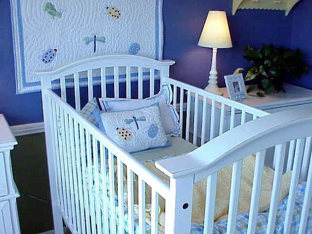 how to decorate a baby nursery on a budget