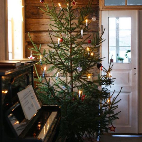 Rustic Scandinavian Christmas tree