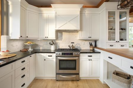 Where To Buy Used Kitchen Cabinets How to Buy Used Kitchen Cabinets and Save Money