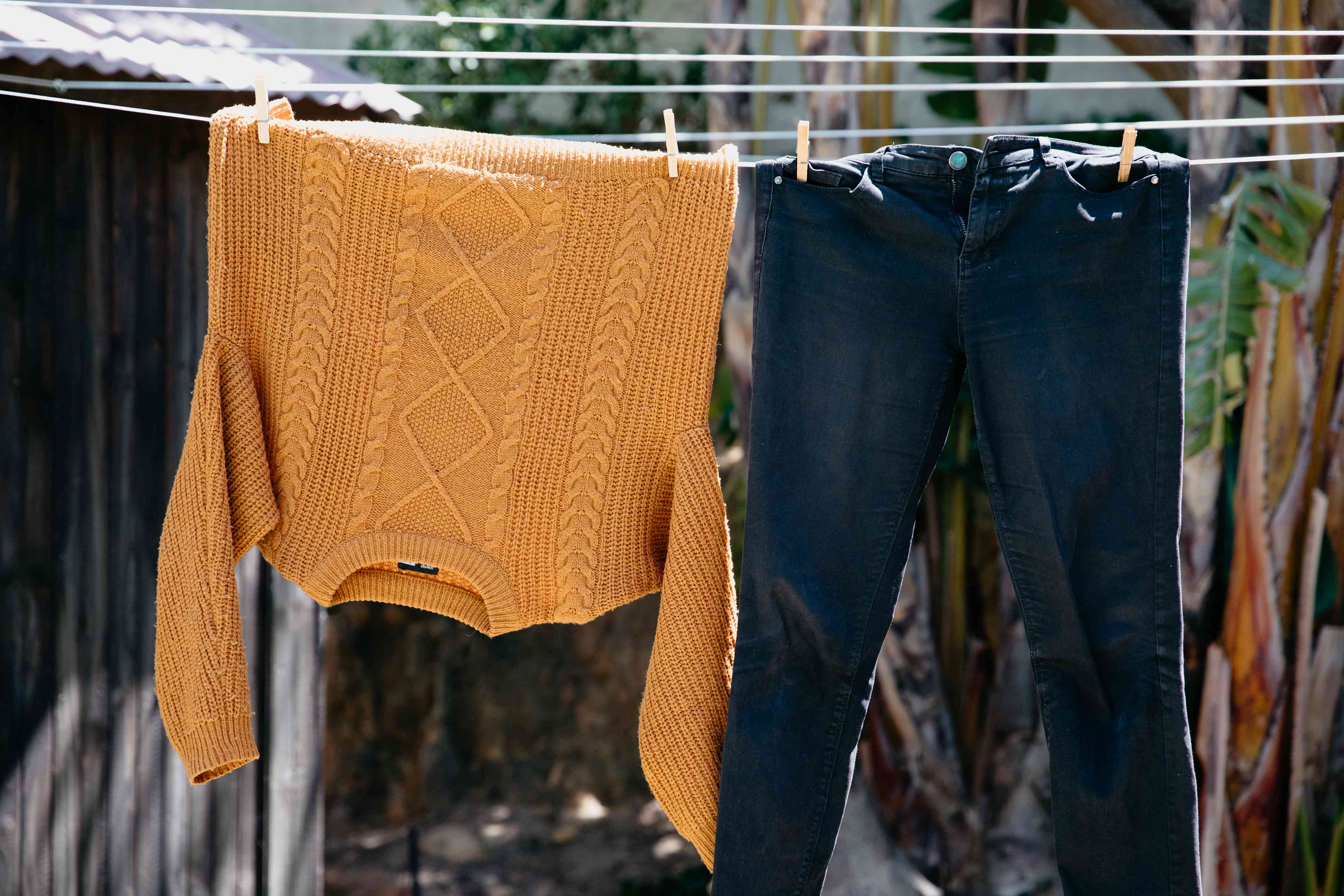 dark jeans can fade from drying outside
