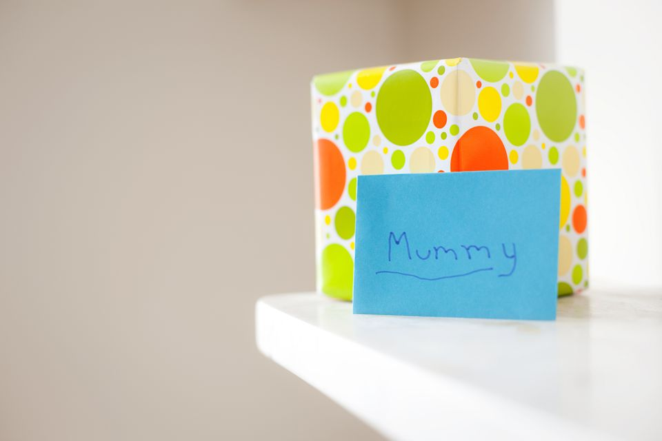 Gift and card with ''mummy'' written on it