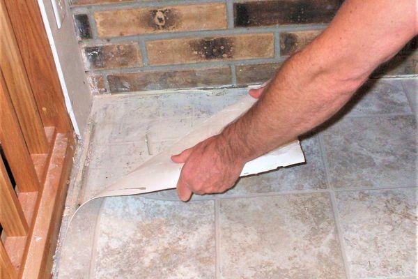 Removing Vinyl Flooring from Subfloor