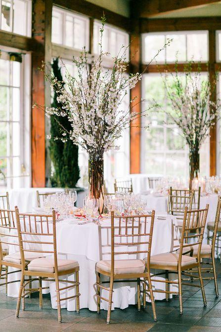 Centro de mesa de boda de primavera de flor de cerezo