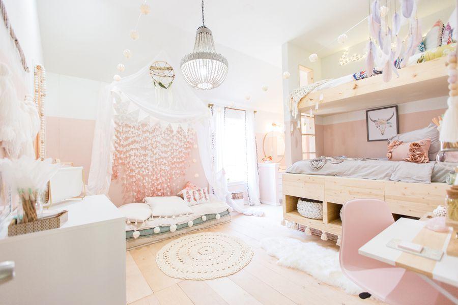 Habitación para niñas Boho en rosa y blanco