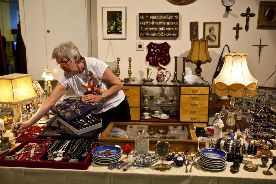 How To Hold An Estate Sale
