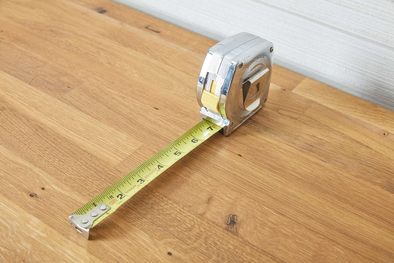 measuring tape roll
