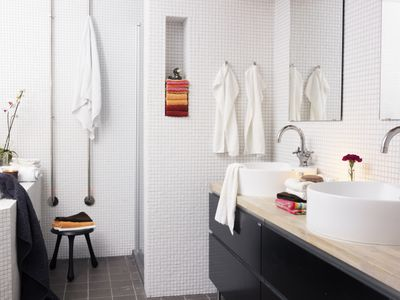 Bathroom with towels hanging