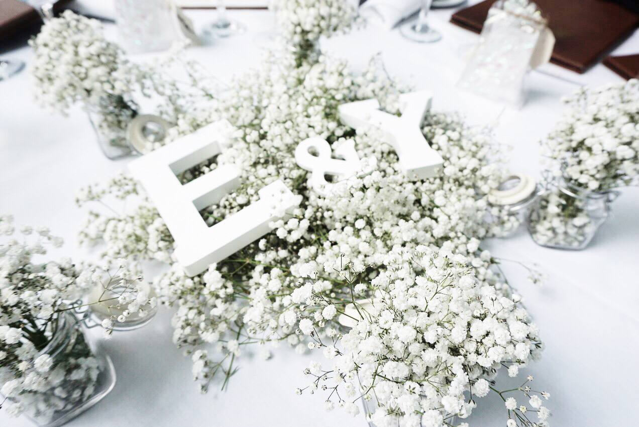 25 Inspiring Ways to Use Baby\'s Breath in Your Wedding