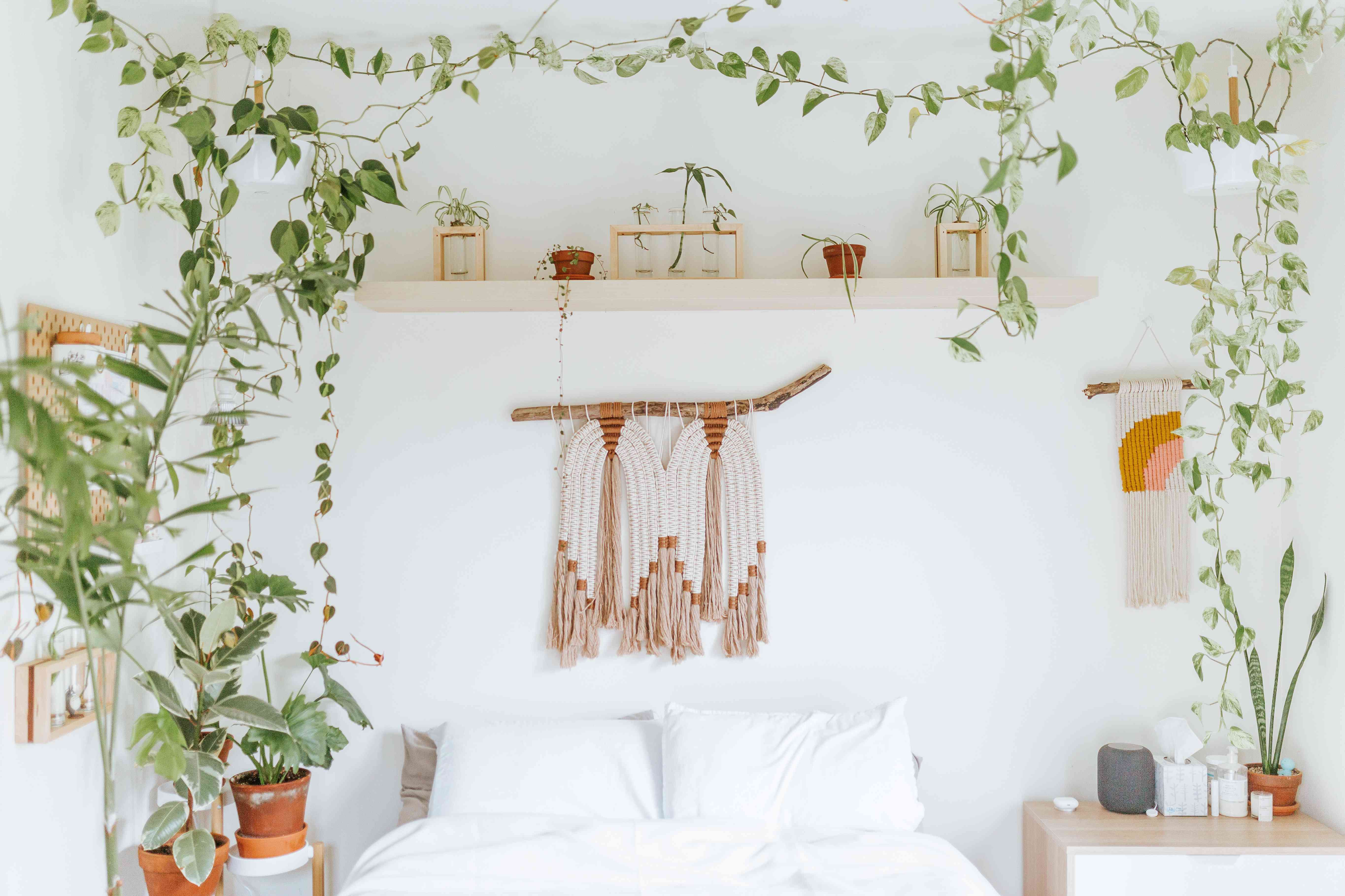 How To Design Your Perfect Bedroom Based On Your Moon Sign