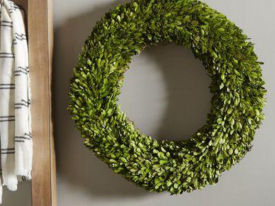 wayfair-boxwood-wreath