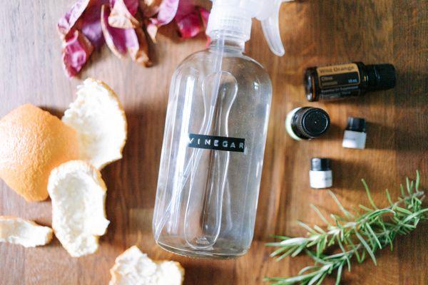 items to make vinegar smell better
