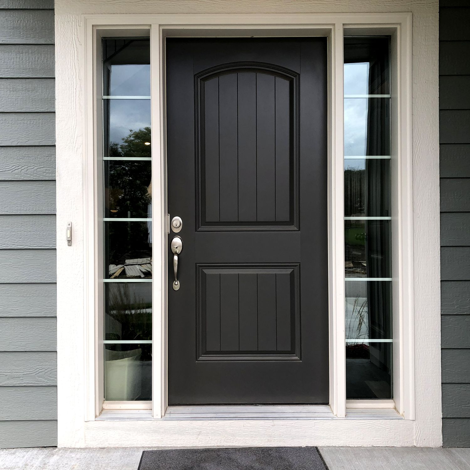 Front Door Sizes and How to Choose the Right One