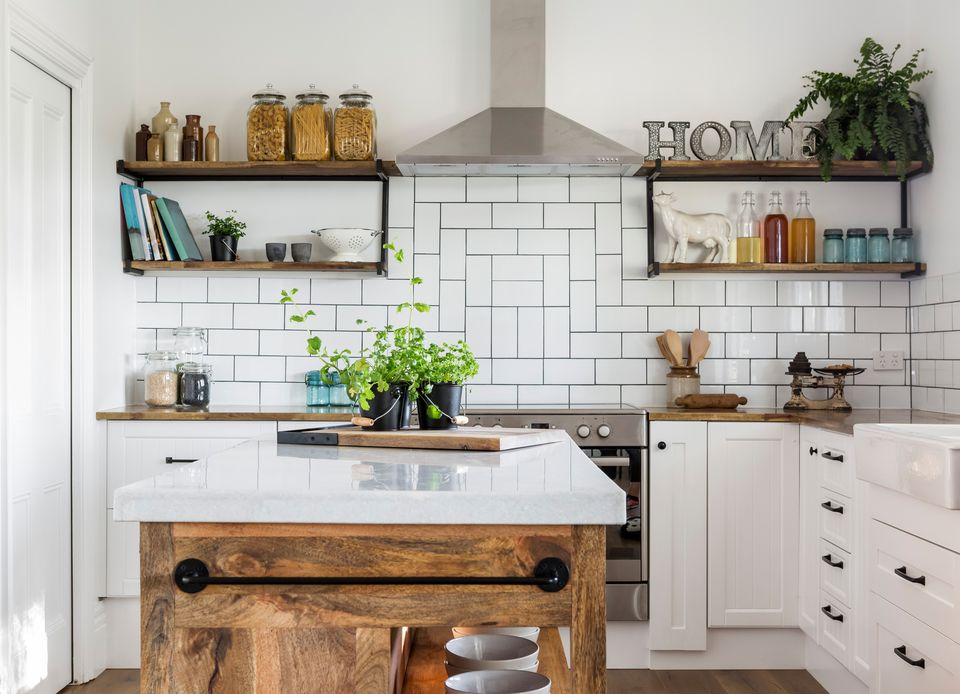 Farmhouse style kitchen rustic