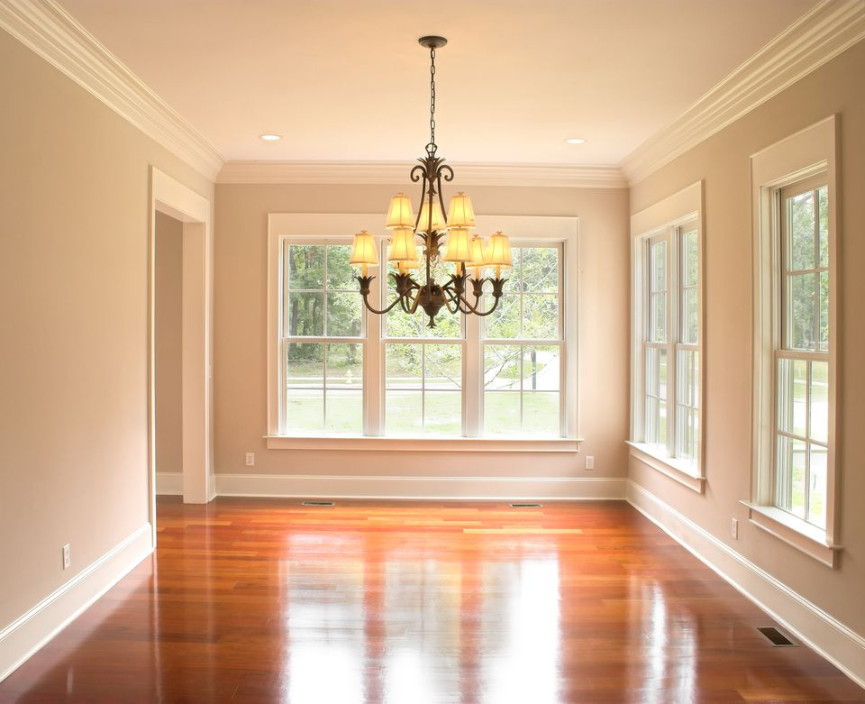 Dining room with crown molding