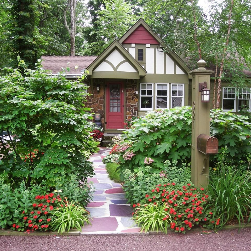 classic gardens and landscaping