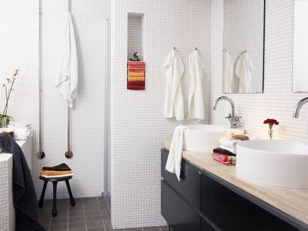 Marvelous The 8 Best Towel Racks Of 2019 Download Free Architecture Designs Rallybritishbridgeorg